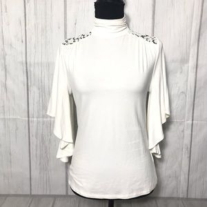 Adrianna Papell ivory top with lace T165